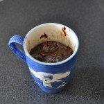 Mug Cake au chocolat au micro ondes, réconfort de jour d'orage ou compagnon de vos soirées d'hiver !