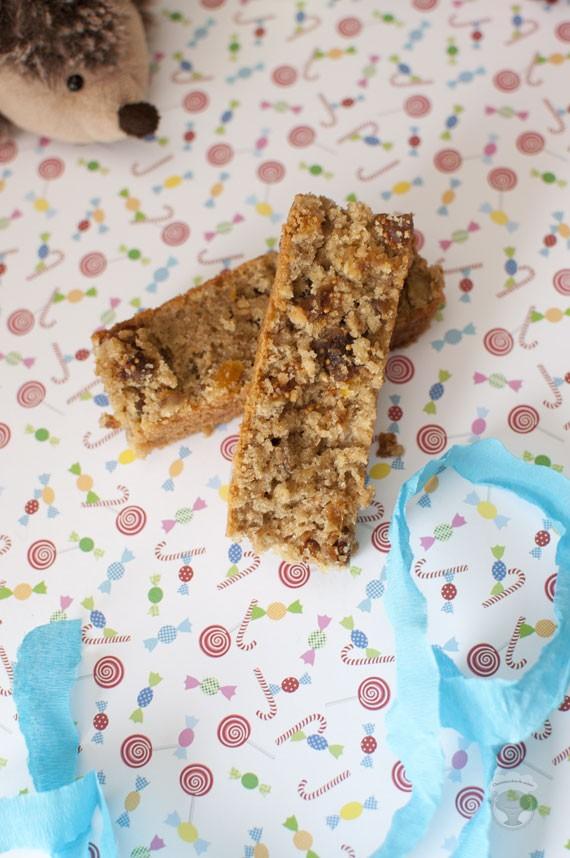 barre de cereales aux figues, abricots et noisettes
