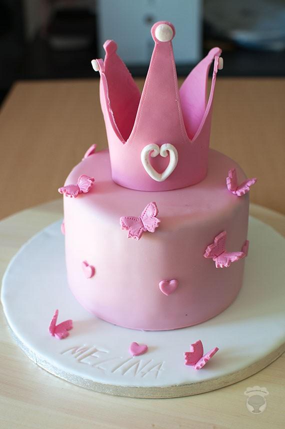 gateau anniversaire fille rose papillon